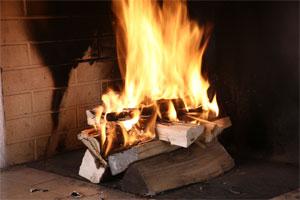 Feu de cheminée, chauffage au bois - Piskorski
